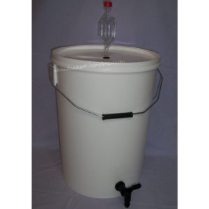 Fermenting Bucket & Lid (Better Brew) - 32L with tap & airlock fitted
